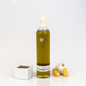 "GARLIC FLAVORED EXTRA VIRGIN OLIVE OIL ""CILINDRICA 20cl"""