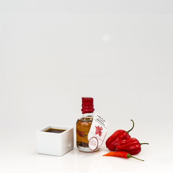 "CHILI PEPPER FLAVORED EXTRA VIRGIN OLIVE OIL ""ERA 5cl"""