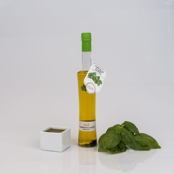 "BASIL FLAVORED EXTRA VIRGIN OLIVE OIL ""FENICE 10cl"""