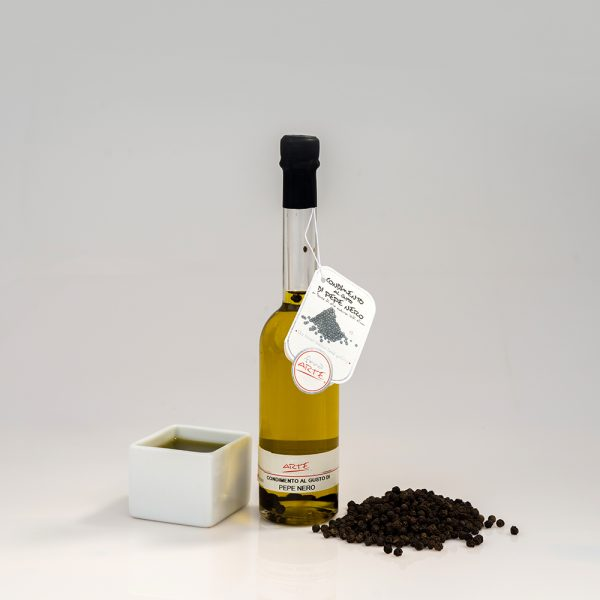 "BLACK PEPPER FLAVORED EXTRA VIRGIN OLIVE OIL ""FENICE 10cl"""