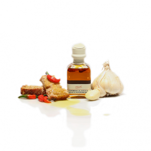 """GARLIC AND CHILI PEPPER FLAVORED EXTRA VIRGIN OLIVE OIL """"QUADROTTA 10cl"""""""